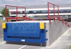 Mini-rampe quai acier compacte